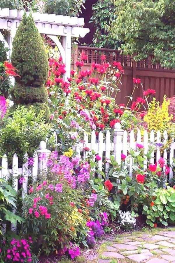 small garden design ideas30