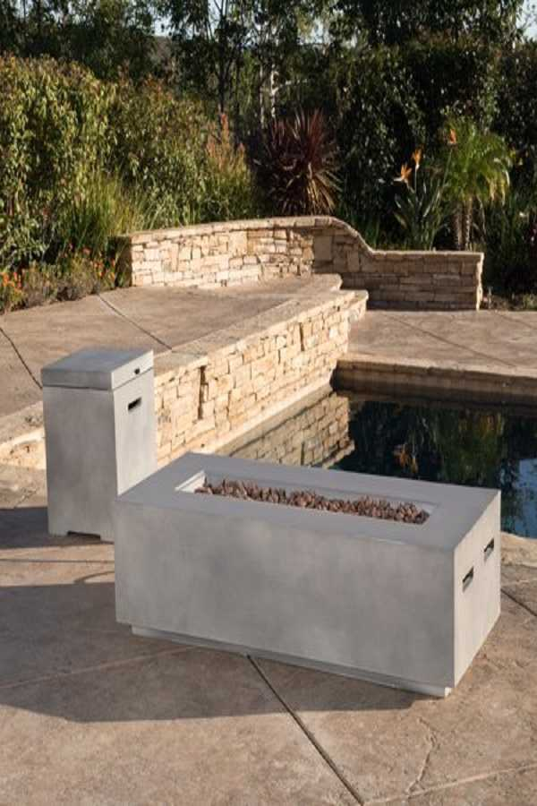 square Fire Pit Ideas26