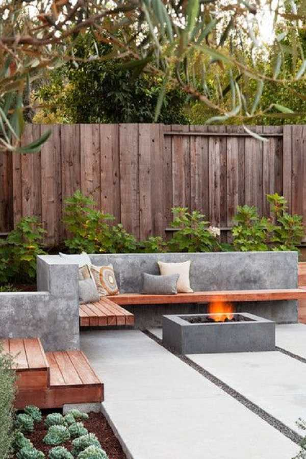 square Fire Pit Ideas4
